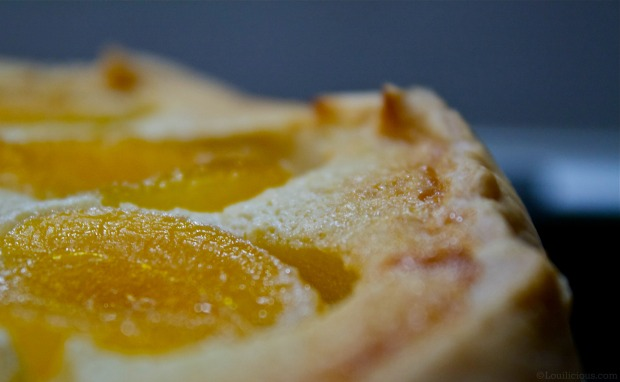 More frangipane & preserved abricots